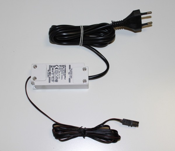 Möbel-Netzgerät LED 7W mit Euro-Stecker und Mini-AMP